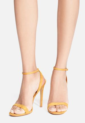 Cape Robbin Alza Heels Yellow