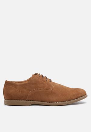 Billie  Bronson Formal Shoes Tan