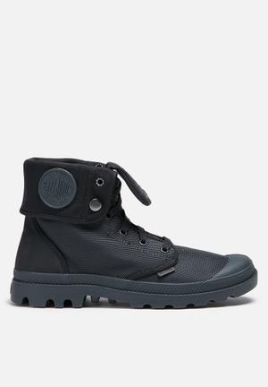 Palladium Monochrome Baggy Boots Grey