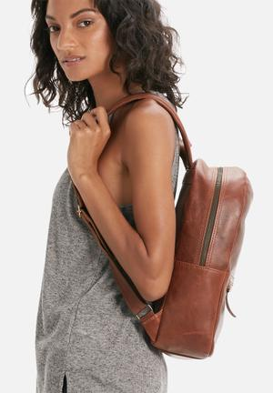 FSP Collection Leather Backpack Bags & Purses Cognac