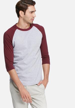 Basicthread 3/4 Raglan Tee T-Shirts & Vests Grey & Maroon