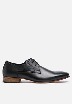 Uncut Chartwell Formal Shoes Black