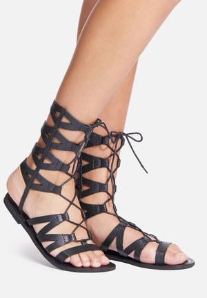Missguided Laser Cut Sandal Black