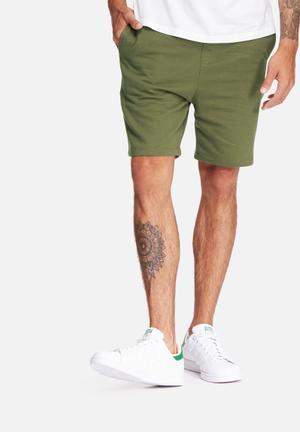 Basicthread Neil Sweat Shorts Olive