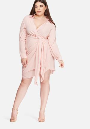 Missguided Plus Size Wrap Dress Pink