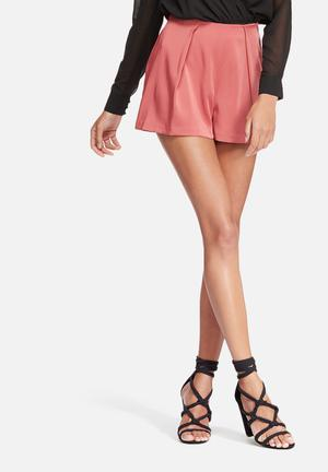 Missguided Satin Pleat Shorts Pink