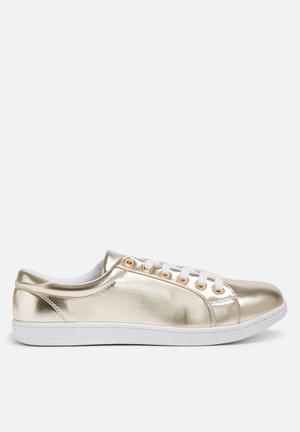 Missguided Cracked Metallic Sneakers Gold