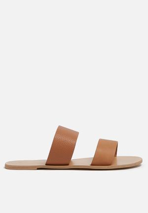 Billini Cuban Sandals & Flip Flops Tan