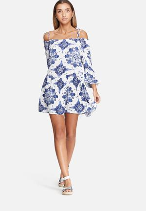 Dailyfriday Tiered Cold Shoulder Dress Casual Blue & White