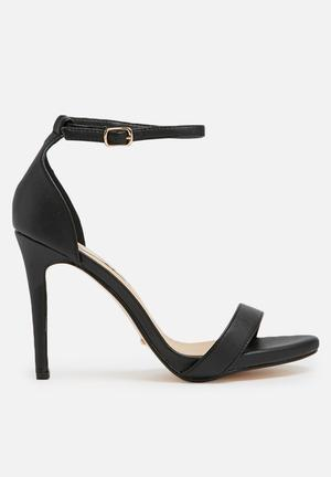 Billini Nolan Heels Black