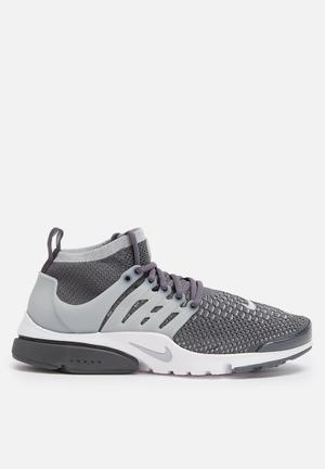Nike Air Presto Flyknit Ultra Sneakers Dark Grey / Wolf Grey / Green Glow