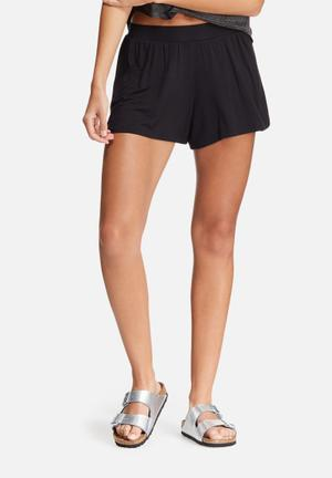 Dailyfriday Skater Shorts Black