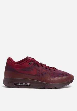 Nike Air Max 1 Ultra Flyknit Sneakers Grand Purple / Team Red / Deep Burgundy