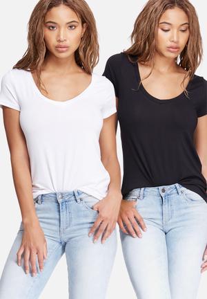 Dailyfriday V-neck Tee 2-pack T-Shirts, Vests & Camis Black & White