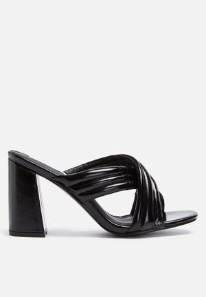 Cape Robbin Sister Heels Black