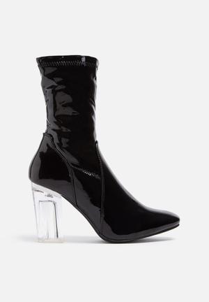 Cape Robbin Fay Boots Black