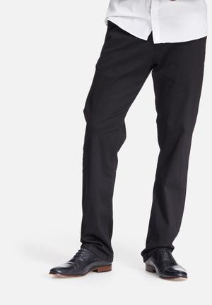Basicthread Regular Fit Chinos Black
