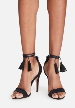 Billini Orca Heels Black
