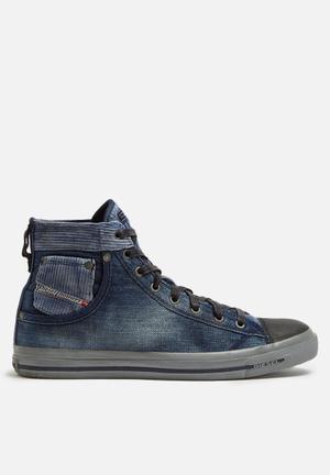 Diesel  Magnete Exposure I Hi Sneakers Blue