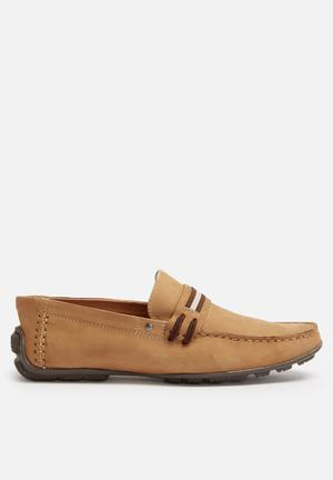 Steve Madden Zeplynn Slip-ons And Loafers Light Tan
