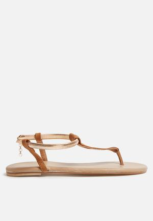 Billini Clarity Sandals & Flip Flops Tan
