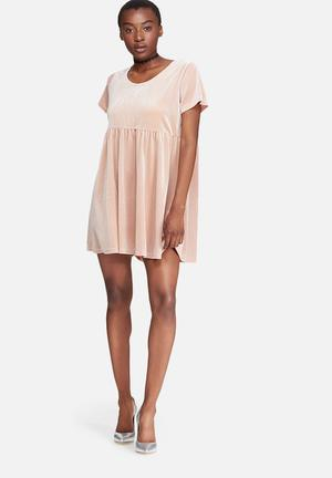 Glamorous Velvet Shift Dress Casual Nude