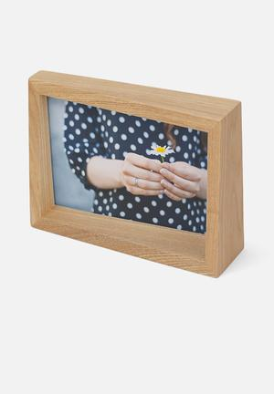 Umbra Edge Photo Display Accessories Ashwood Frame With Natural Finish