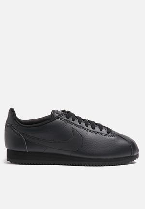 Nike Classic Cortez 'Beautiful X Powerful' Sneakers Triple Black
