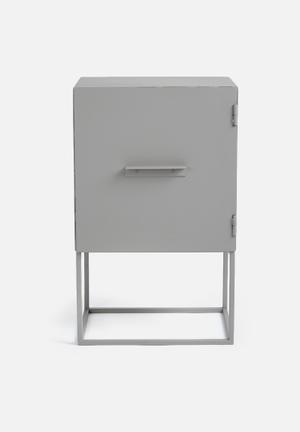 Iltoro Maris Fernanda Box Side Table Powder Coated Steel