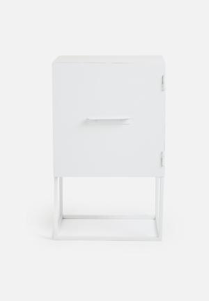 Iltoro Maris Fernanda Box Side Table Powder Coated Steel