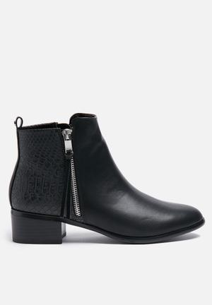 ONLY Blossom Bootie Black