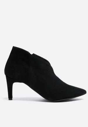 Vero Moda Manon Suede Boot Black
