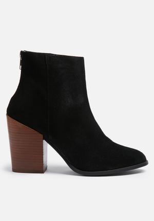 Vero Moda Dorthe Suede Boot Black