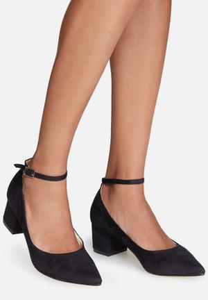 Truffle Molly Heels Black