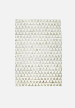 Hertex Fabrics Pyramid Peak Rug 60% Viscose 40% Cotton
