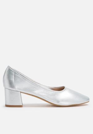 Daisy Street Block Heel Pump Silver
