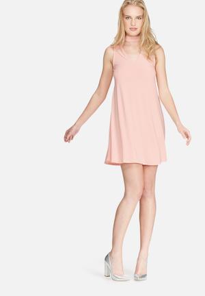 Daisy Street Choker Dress Casual Pink