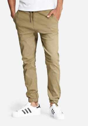 Basicthread Blaze 2 Slim Fit Jogger Pants & Chinos Dark Sand