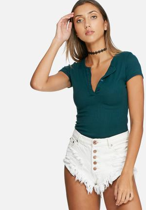 Daisy Street Button Bodysuit T-Shirts, Vests & Camis Green