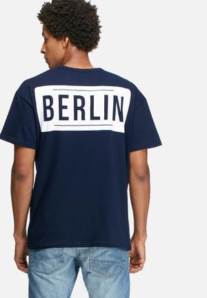 Basicthread Graphic Oversized Boxy Tee T-Shirts & Vests Navy