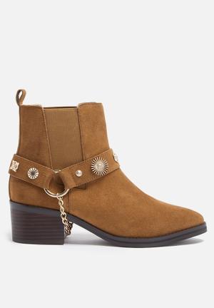 E8 By Miista Odell Boots Cognac