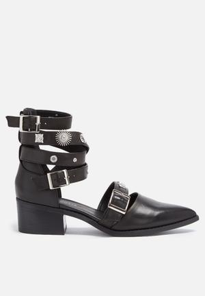 E8 By Miista Uma Heels Black