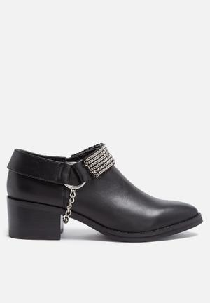 E8 By Miista Paige Boots Black