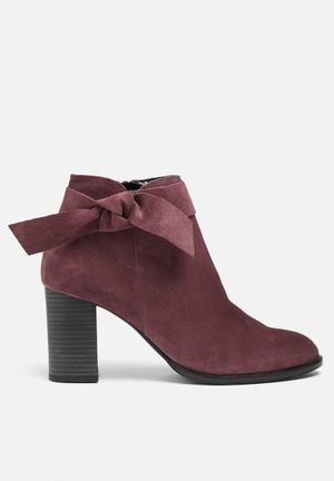 Vero Moda Fena Suede Boot Burgundy