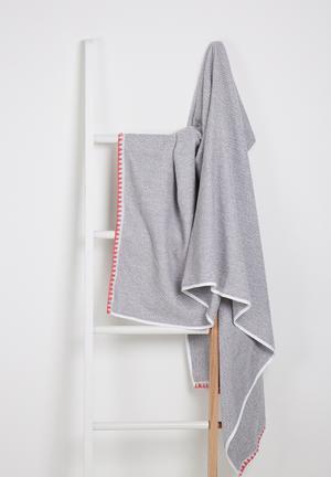 Sixth Floor Blanket Stitch Bath Sheet Towels Machine Washable
