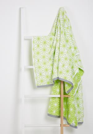 Sixth Floor Geo Star Bath Sheet Towels 100% Cotton, 480gsm