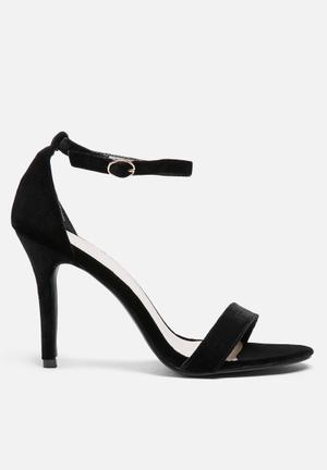 Glamorous Adalyn Velvet Heel Black