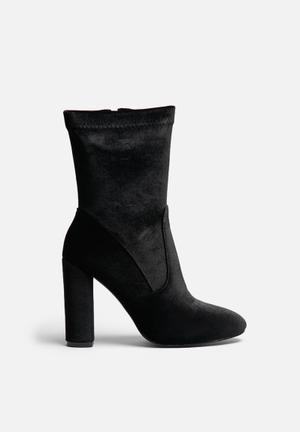 Glamorous Valerie Mid Boot Black