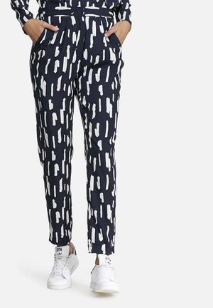 Pieces Ivalo Pants Trousers Navy & White