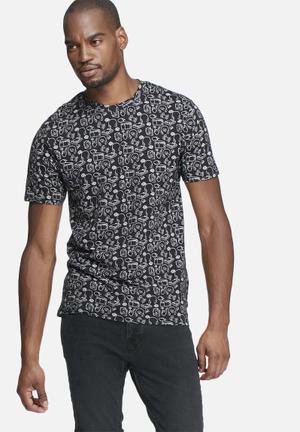 Only & Sons Andreas Fitted Tee T-Shirts & Vests Black & White